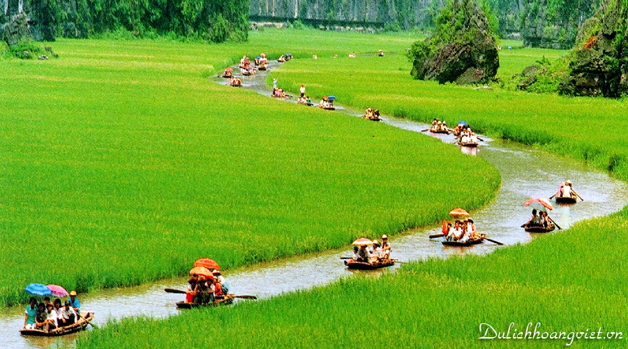Tour Bai Dinh Trang An Ha Long Chua Ba Vang 2015