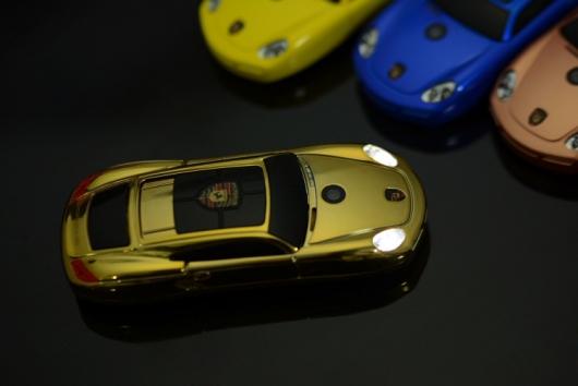 Dien thoai sieu xe Porsche Y918