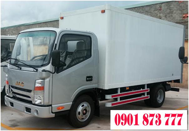 Can mua xe tai JAC 345 tan 35 tan thung dai 4m3 cao cap cabin vuong Isuzu co xe va thung san