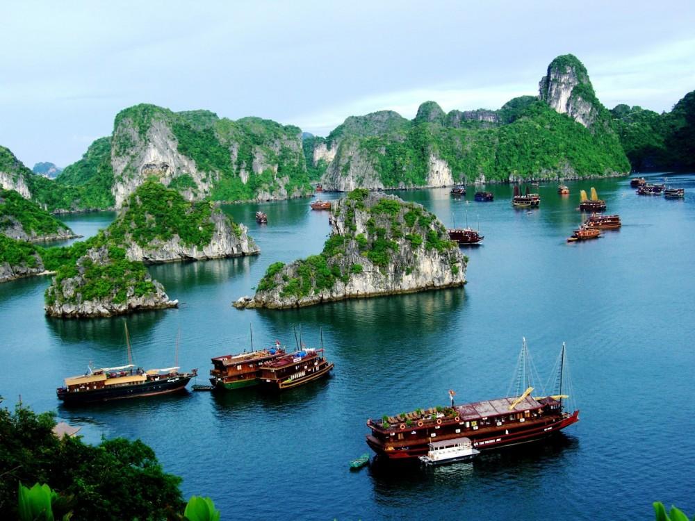 Tour Ha Noi Trang An Bai Dinh Chua Ba Vang Chua Huong 2015