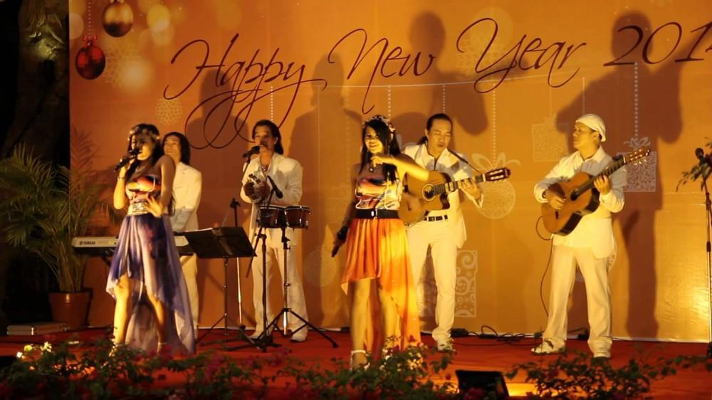 Cho thue ban nhac flamenco cung cap ban nhac acoustic