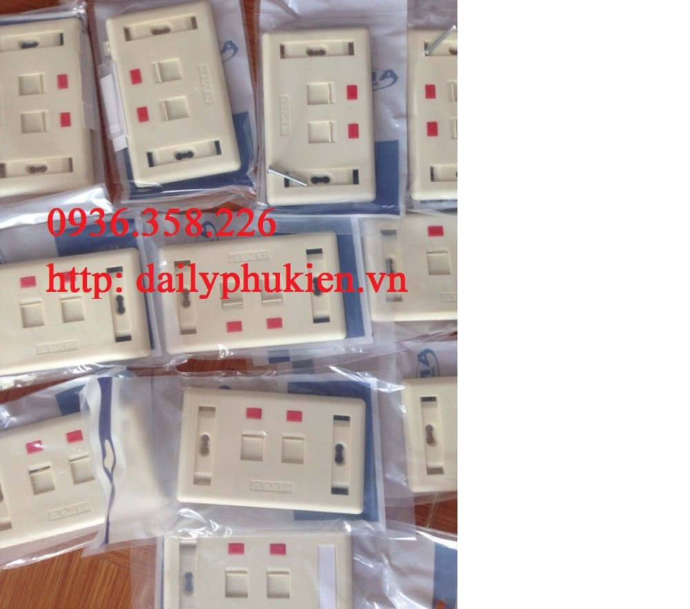 Faceplate Mat na mang AMP 1 cong2 congMat am tuong amp