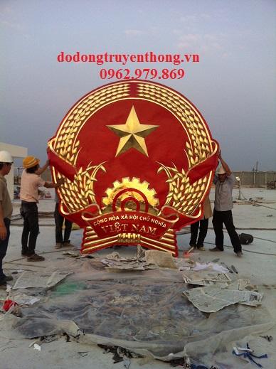 Quoc huy lam bang dong