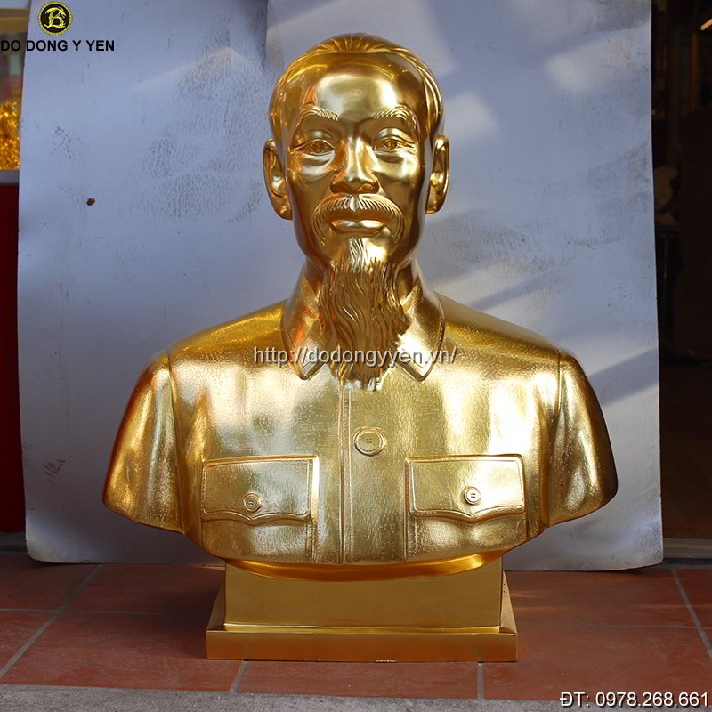 Tuong Dong Bac Ho Dat Vang Cao 81cm