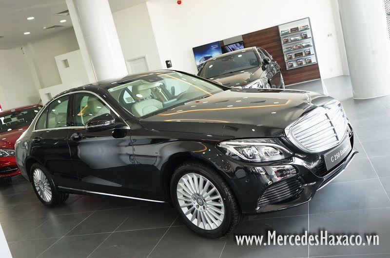 Ban xe Mercedes gia re tai Mercedes Haxaco Sai Gon