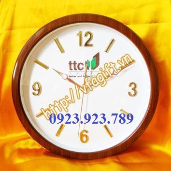 Cung cap dong ho treo tuongban dong ho nhua gocung cap dong ho in logo quang cao
