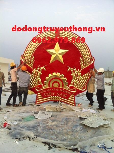 Quoc huy bang dong cham noi 3DDo dong truyen thong