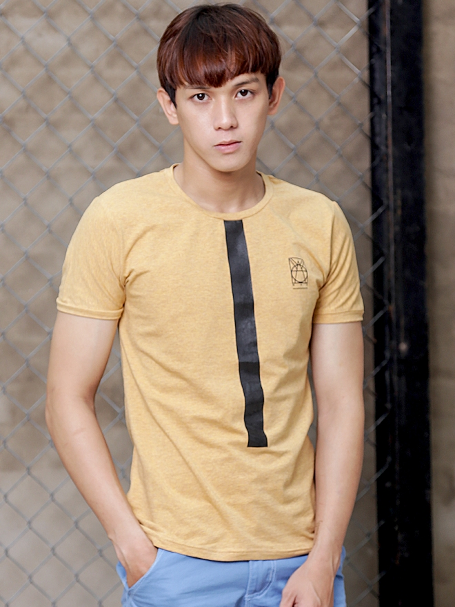 Ao Thun Co Tron Vang AT600