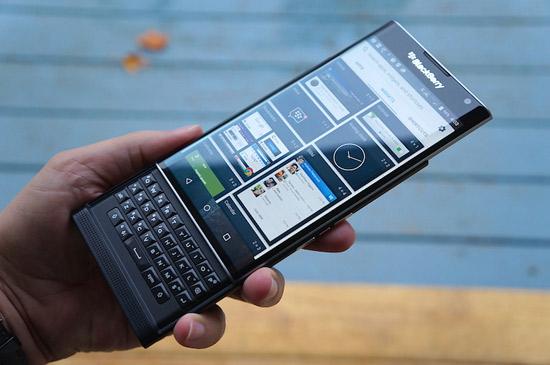 Chiec smartphone BlackBerry Priv so huu mot hieu nang li tuong tuy nhien ung dung chay muot