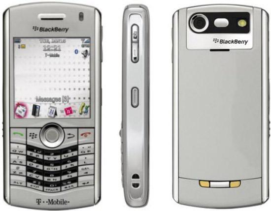 Di dong BlackBerry 8110 9100 la dong Pearl co mot Thiet ke co va mot cau hinh chuan muc
