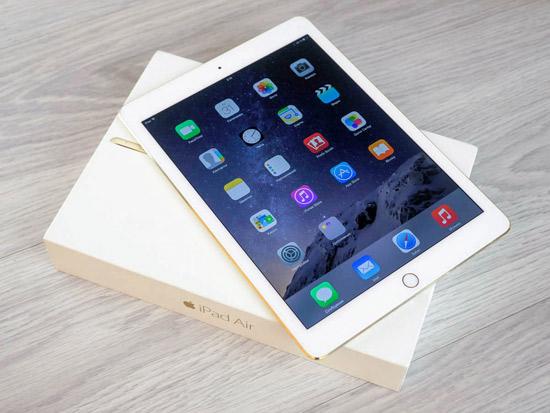Thay man hinh iPad Air lay ngay thuan tien chi phi re lay ngay tai ha noi HCM