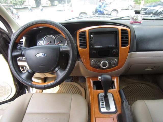 Ford Escape 2008 AT 435 trieu