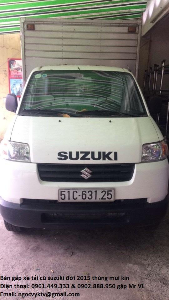 Can ban gap con xe tai cu Suzuki doi 2015 thung mui kin gia thuong luong