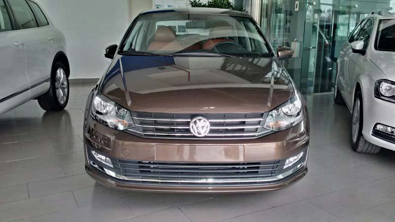 Volkswagen Polo Xe Duc gia Viet tra truoc chi 199 trieu