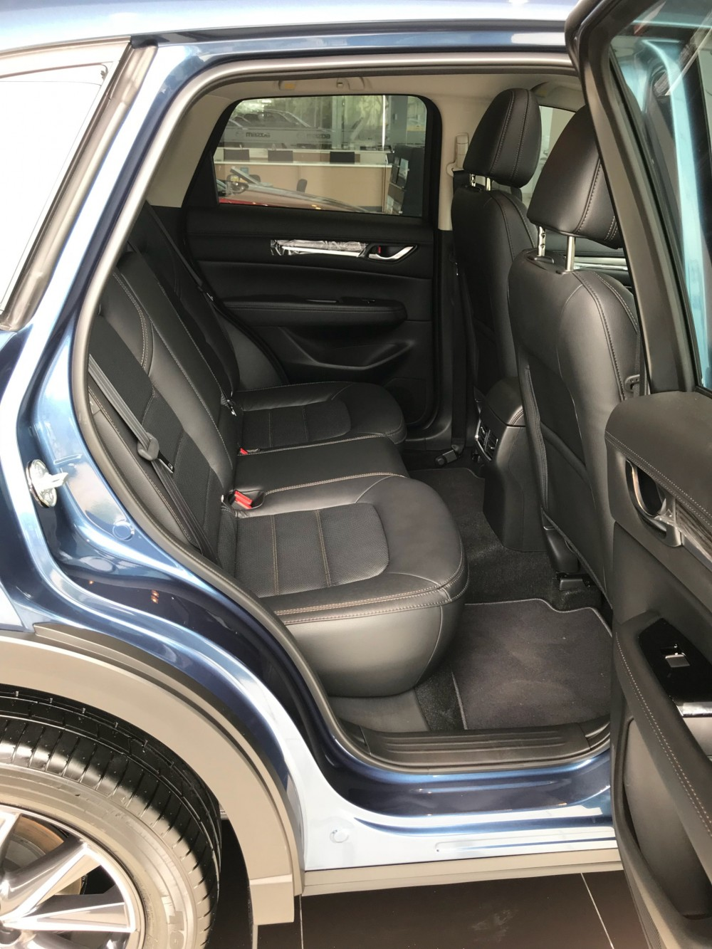 Mazda CX5 2017 moi du phien ban vay tra gop toi 85 lai thap du 8 mau xe xe Nhat moi 100