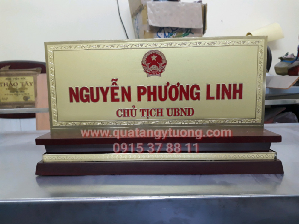 Chuyen san xuat bien chuc danh go dong bang ten chuc vu