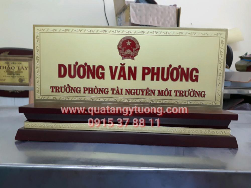 Co so chuyen san xuat bang chuc danh go dong bang chuc vu bang ten de ban